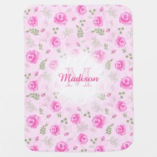 ピンクのバラの花のモノグラムのパステル調の女の赤ちゃん毛布 ベビー ブランケット
