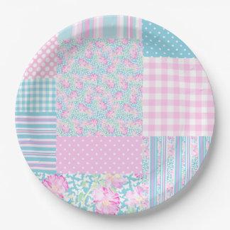 ピンクのバラの蝶模造のなパッチワークの紙皿 ペーパープレート