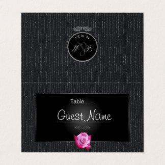 ピンクのバラの銀の白熱モノグラムの結婚式の座席表 プレイスカード