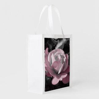 ピンクのバラ園の再利用のバッグ エコバッグ