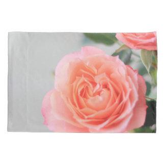 ピンクのバラ 枕カバー