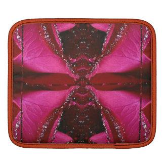 ピンクのバラnの蜂蜜のハチ刺され-背景パターン iPadスリーブ