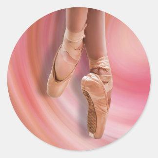 ピンクのバレエダンサー ラウンドシール