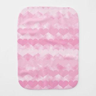 ピンクのバレンタインのハートのベビー用バーブクロスの陰 バープクロス