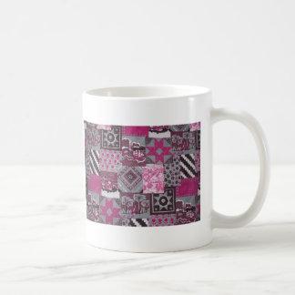 ピンクのパッチワーク コーヒーマグカップ