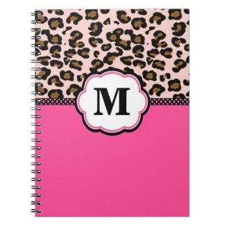 ピンクのヒョウのプリントMonoagram ノートブック