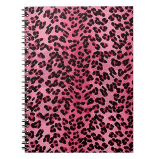 ピンクのヒョウは陰パターンに斑点を付けます ノートブック