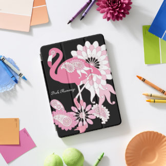 ピンクのフラミンゴのガーリーでかわいく名前入りな黒 iPad PROカバー