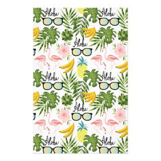 ピンクのフラミンゴのサングラスの熱帯アロハパターン 便箋