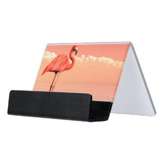 ピンクのフラミンゴ デスク名刺ホルダー