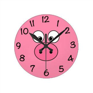 ピンクのブタの顔 ラウンド壁時計