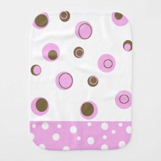 ピンクのブラウンの水玉模様の女の子 バープクロス