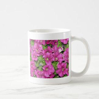 ピンクのペチュニア コーヒーマグカップ