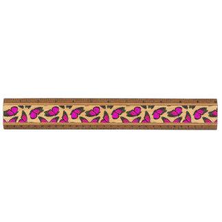 ピンクのマダラチョウパターン 定規