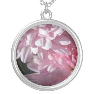 ピンクのミイラのデュオ シルバープレートネックレス