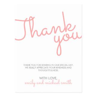 ピンクのモダンなタイポグラフィの結婚は感謝していしています ポストカード