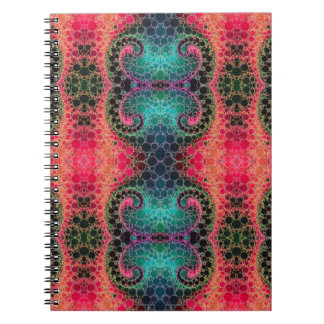 ピンクのモモのターコイズのフラクタルの抽象芸術 ノートブック