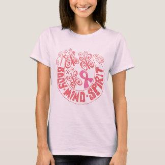 ピンクのリボン: 蝶体の心の精神 Tシャツ