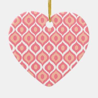 ピンクのレトロの幾何学的なイカットの種族のプリントパターン セラミックオーナメント