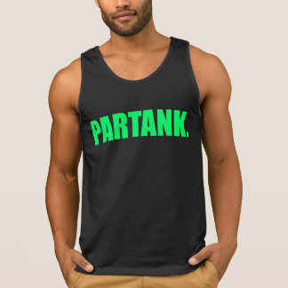 """ピンクのロゴの黒の""""Partank""""のタンクトップ"""