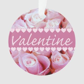 ピンクのロマンチックなバラ オーナメント