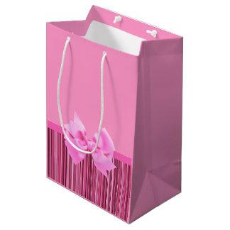 ピンクのロマンチック ミディアムペーパーバッグ