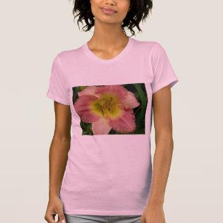 ピンクのワスレグサ Tシャツ