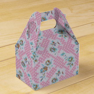 ピンクのヴィンテージの生地の好意箱 フェイバーボックス