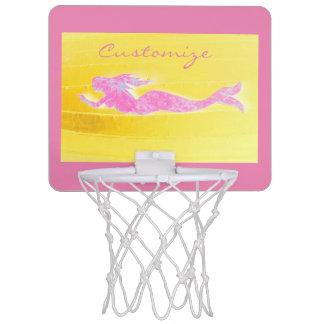 ピンクの人魚の水泳 ミニバスケットボールゴール