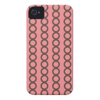 ピンクの円のファッションの鎖のグラフィック・デザイン Case-Mate iPhone 4 ケース