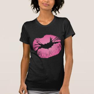 ピンクの唇 Tシャツ