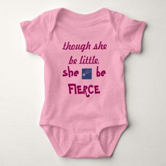 ピンクの女の子しかし彼女は少しです ベビーボディスーツ