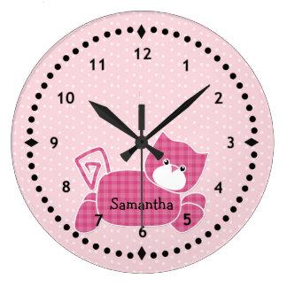 ピンクの子猫の子供部屋の柱時計 時計