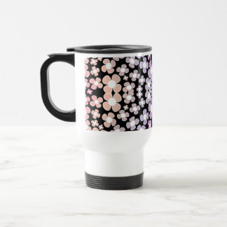 ピンクの小さい花、黒マグのグラデーションなパターン トラベルマグ