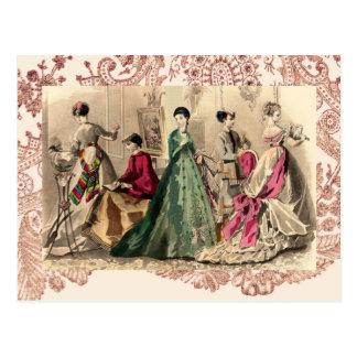 ピンクの弓が付いているビクトリアンな服 ポストカード