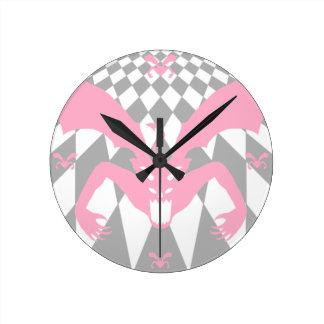 ピンクの悪魔 ラウンド壁時計