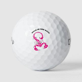 ピンクの有害な蠍の非常に有毒の昆虫 ゴルフボール