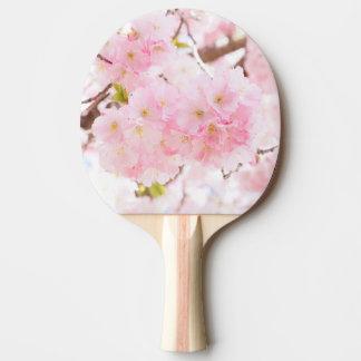 ピンクの木のさくらんぼの花 卓球ラケット