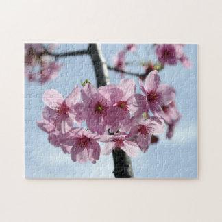 ピンクの桜および淡いブルーの空 ジグソーパズル