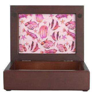 ピンクの水中景色 ジュエリーボックス