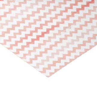 ピンクの水彩画のシェブロンのジグザグパターン 薄葉紙