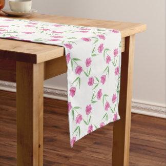 ピンクの水彩画のチューリップパターン ミディアムテーブルランナー