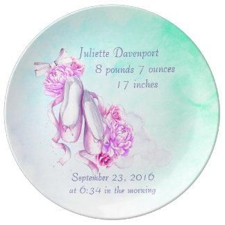 ピンクの水彩画のバレエシューズの新生児 磁器プレート