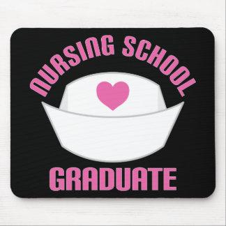 ピンクの看護専門学校の卒業生のギフト マウスパッド