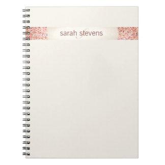 ピンクの紙吹雪のグリッター ノートブック
