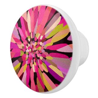 ピンクの紙吹雪の花 セラミックノブ