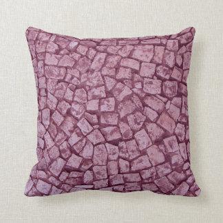ピンクの素朴な石造りの枕 クッション