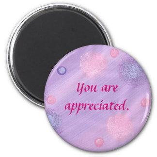 、ピンクの紫色の泡、磁石認められます マグネット