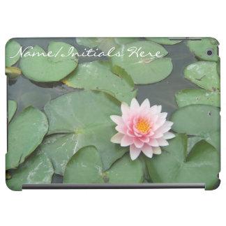 ピンクの緑のスイレンの浮いている葉の花の名前入りなモノグラム