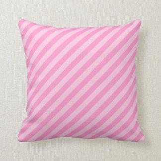 ピンクの縞 クッション